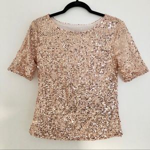 NWOT Fray slouchy rose gold sequin top